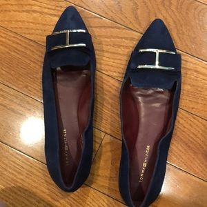 NWOT Tommy Hilfiger navy pointy toe flat size7.5